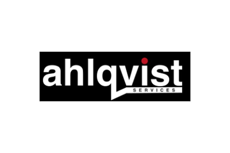 Asiakas: Ahlqvist oy, mustavalkoinen logo